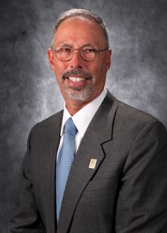 Dr. Lawrence Wolinsky, dental school dean