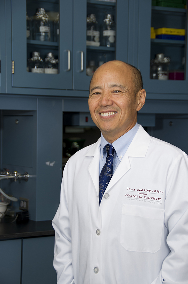 Dr. Jerry Feng in the lab at TAMBCD's biomedical sciences building